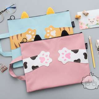 Kitty stationeries bag