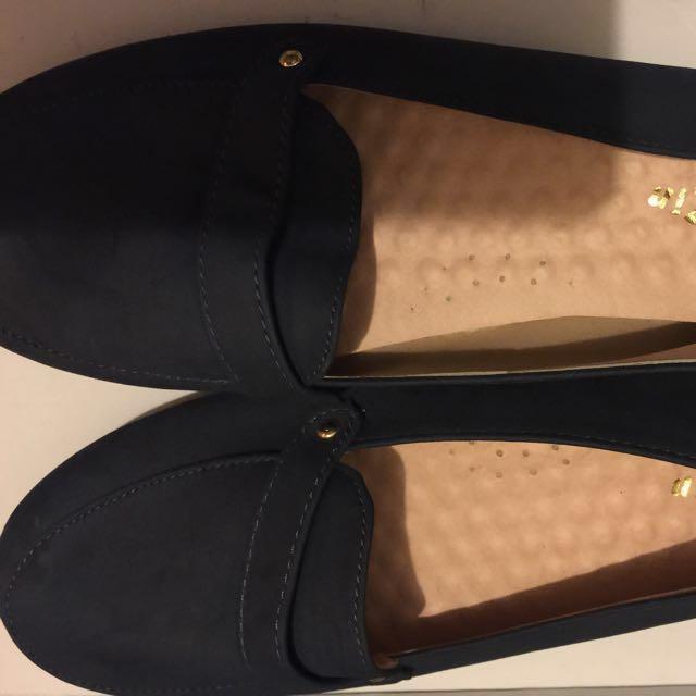 二手簡約女鞋圓頭包鞋23.5