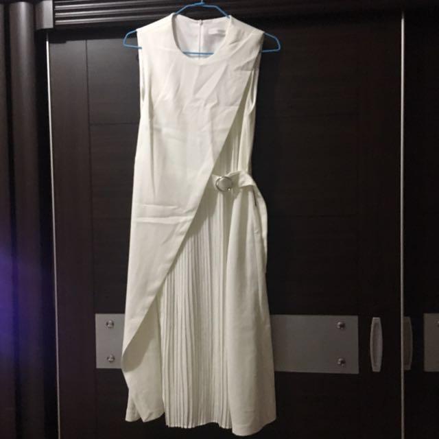 氣質純白洋裝