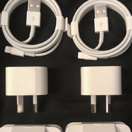 🖤 APPLE LIGHTNING CHARGERS