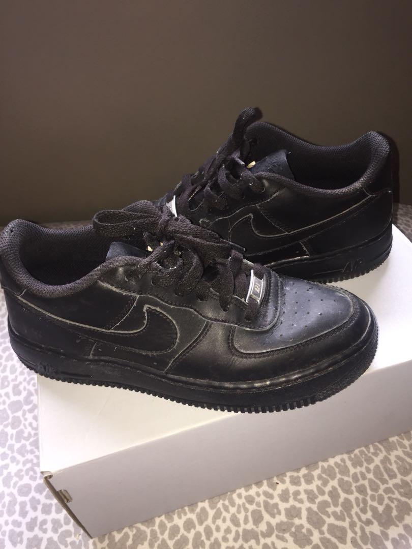 Air Force ones (black)