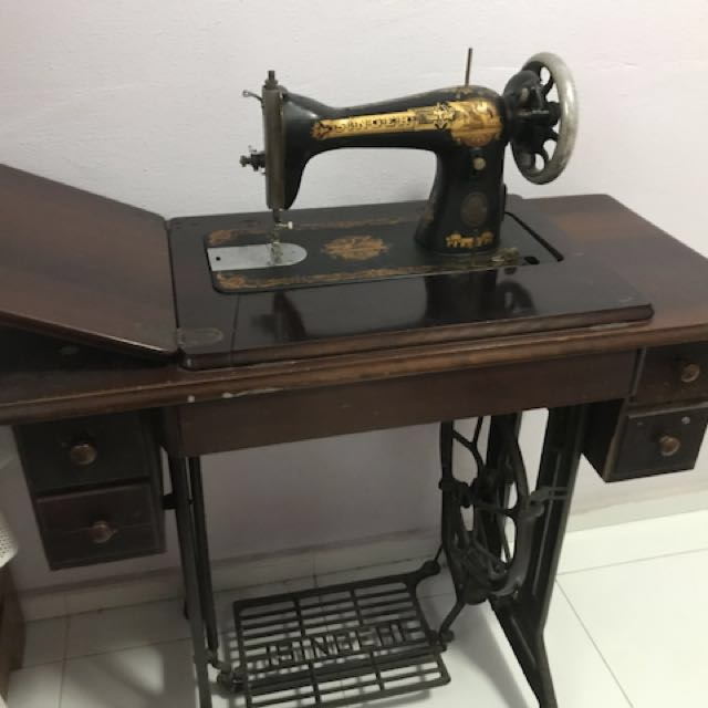 Antique Singer Sewing Machine For Sale Vintage Collectibles Amazing Vintage Singer Sewing Machines For Sale