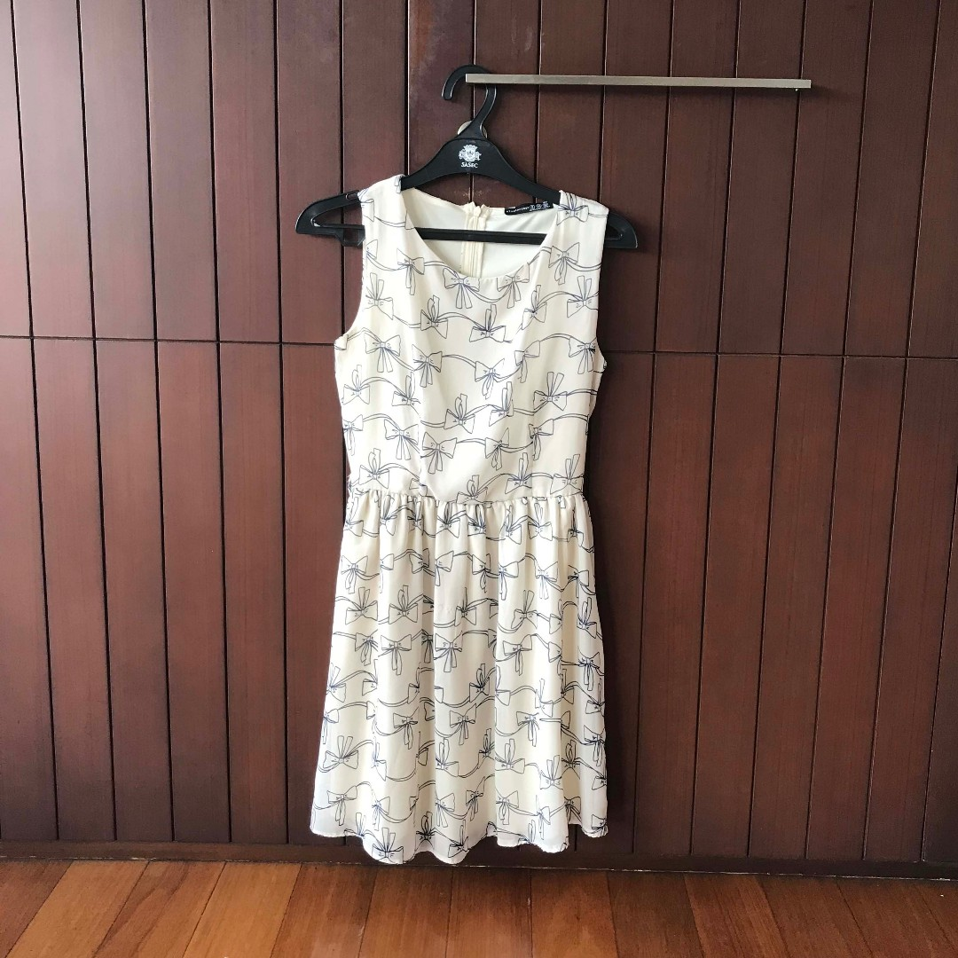 Atmosphere Bow Off-White Dress