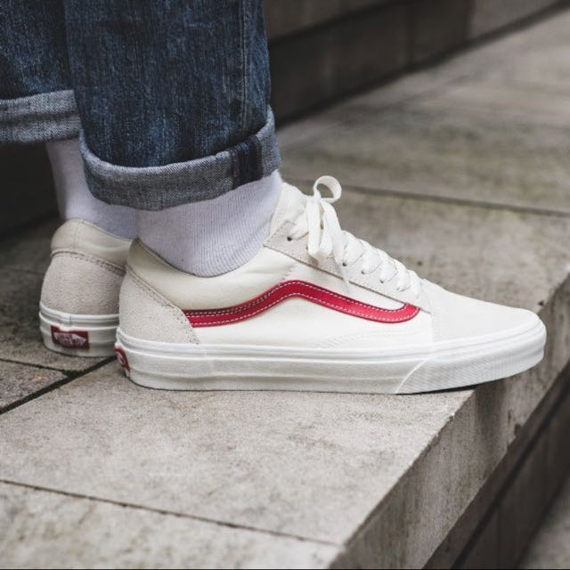 a409448fed Brand New  Vans Old Skool Vintage White Rococco Red