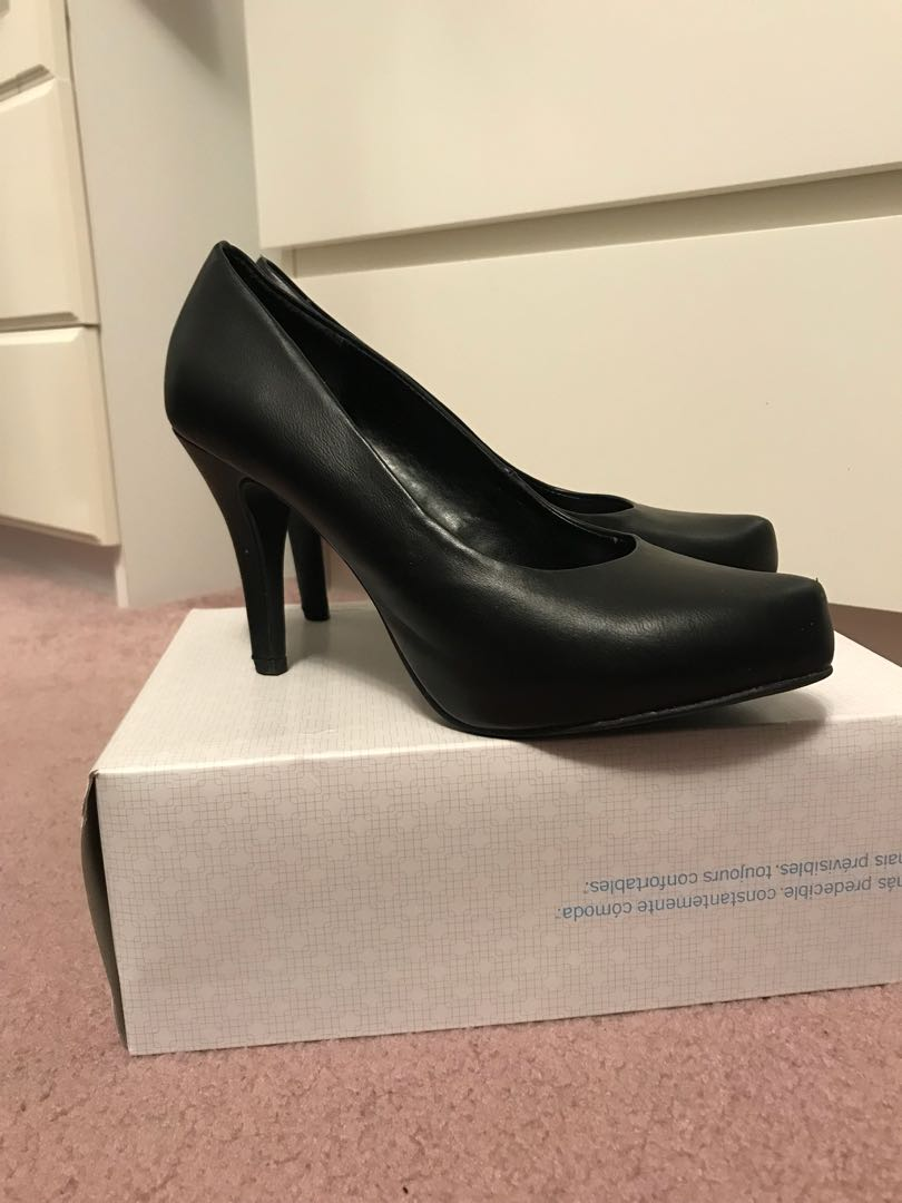 Call It Spring Black Pumps, Size 6