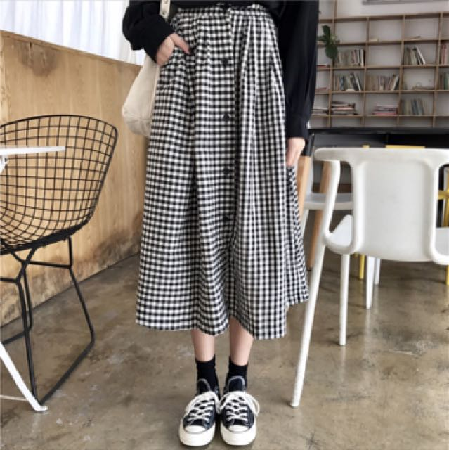 fccf8aa2b1 checkered long skirt po, Women's Fashion, Clothes, Dresses & Skirts on  Carousell