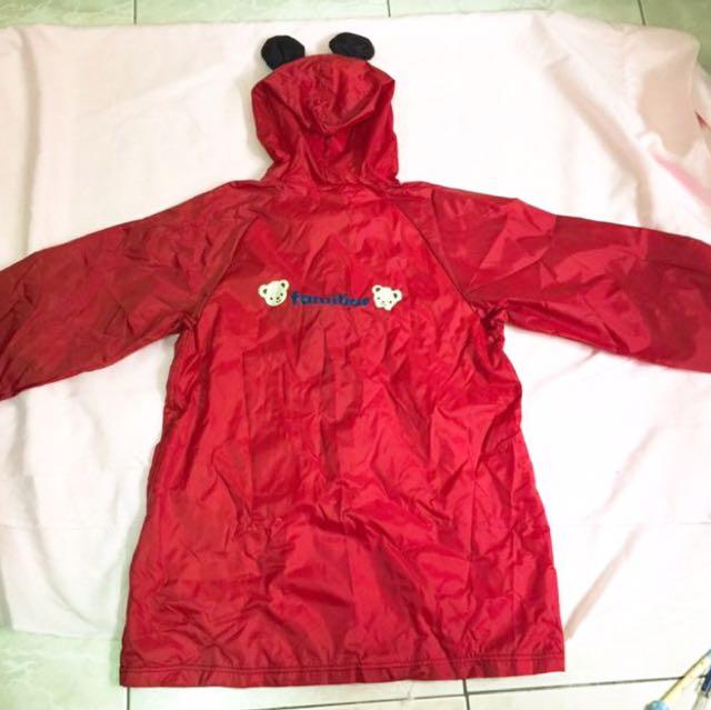 全新麗嬰房familiar系列品牌熊熊圖案可愛輕便型雨衣風衣(輕巧摺疊好收納)