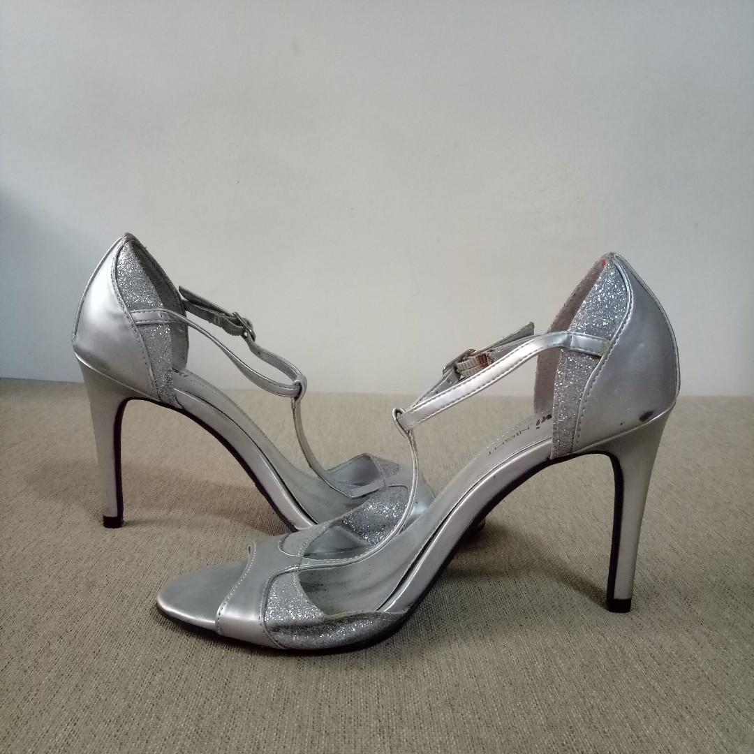 Fioni Night Silver Heels