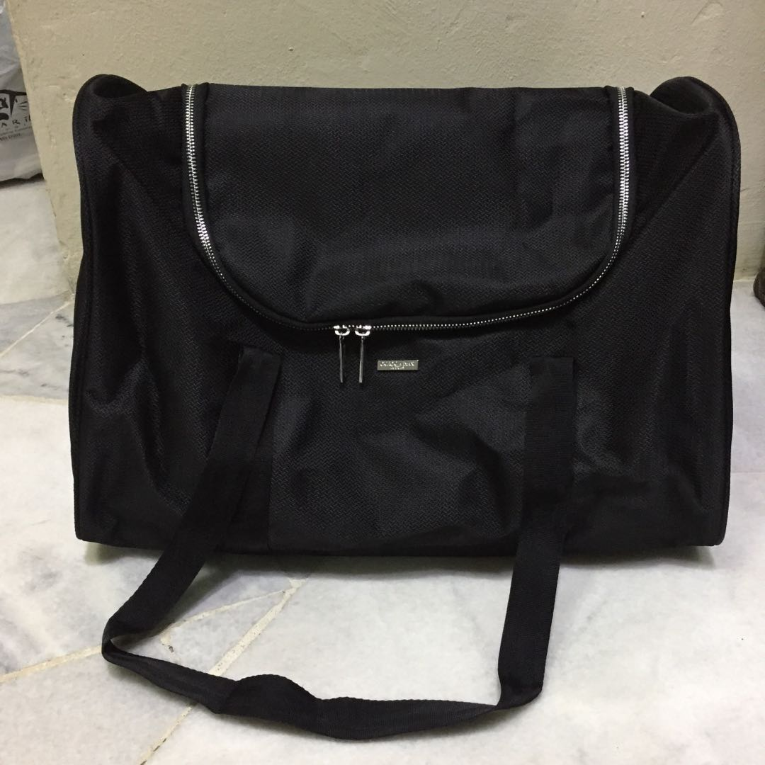 e5155ff83b Giorgio Amani Travel Bag