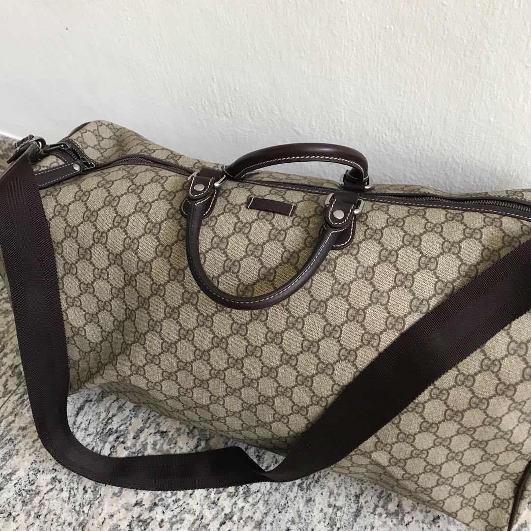 bc0fd04b8 Gucci Duffle Bag (Men's), Luxury, Bags & Wallets on Carousell