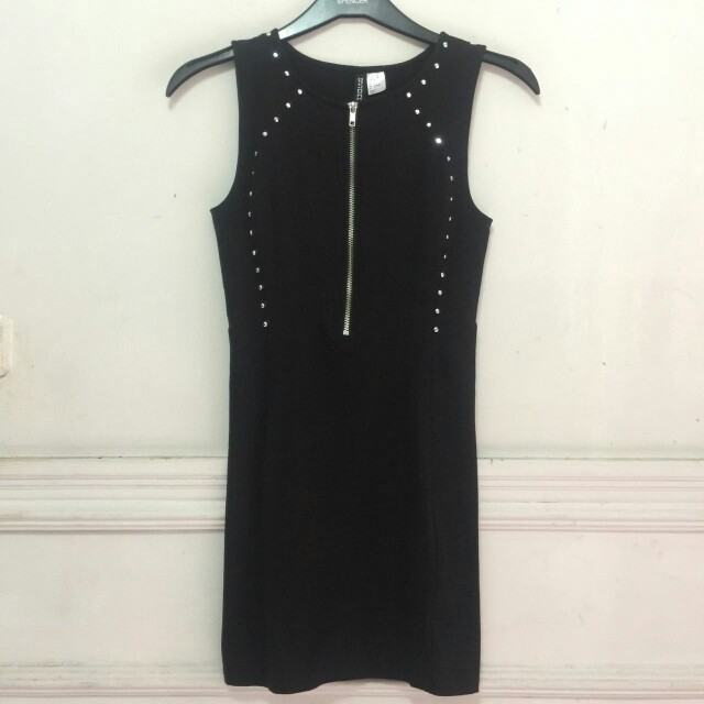 H&M Black Dress Elegan