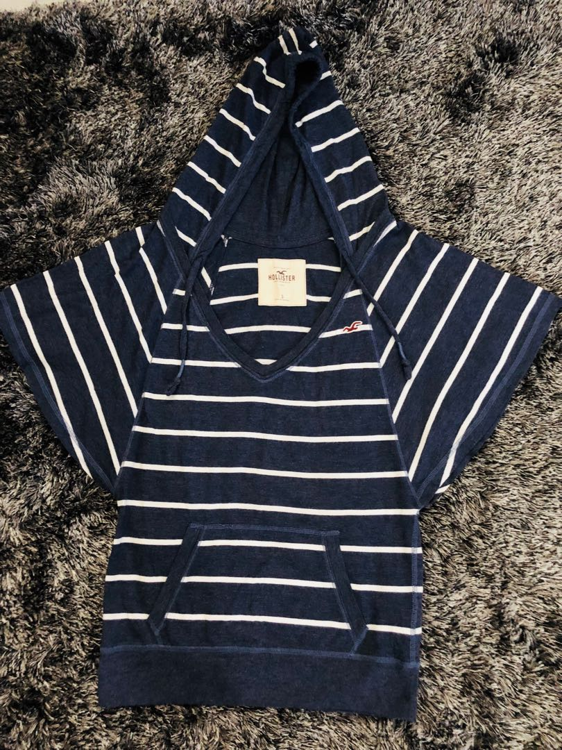 Hollister Hooded Top