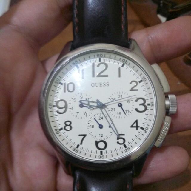 Jam tangan GUESS  original .. Siap pakai .. Keren ..