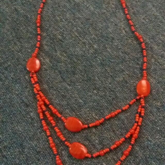 Kalung orange