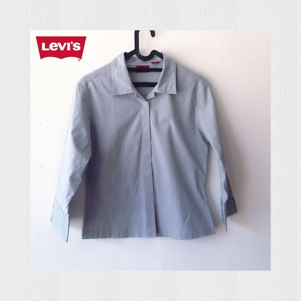 Kemeja Levi's