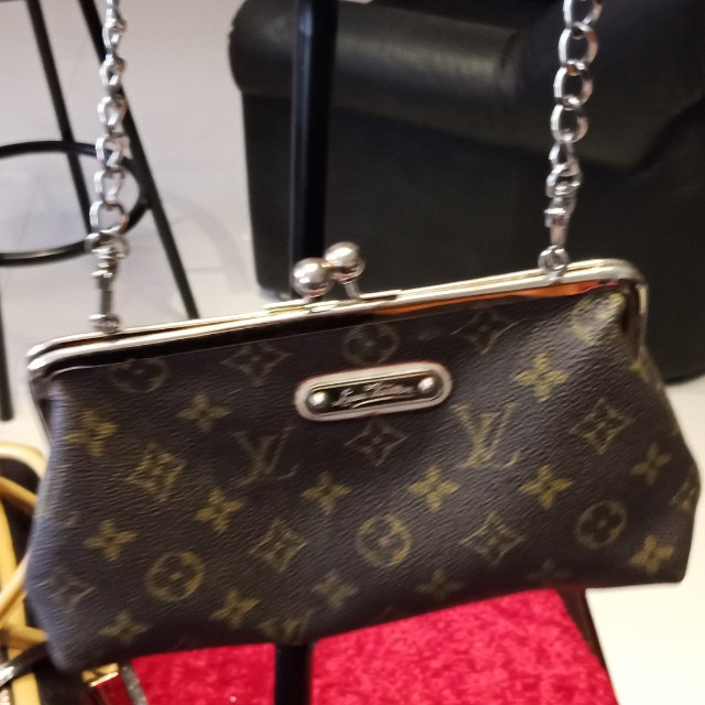 Louis Vuitton wristlet bag
