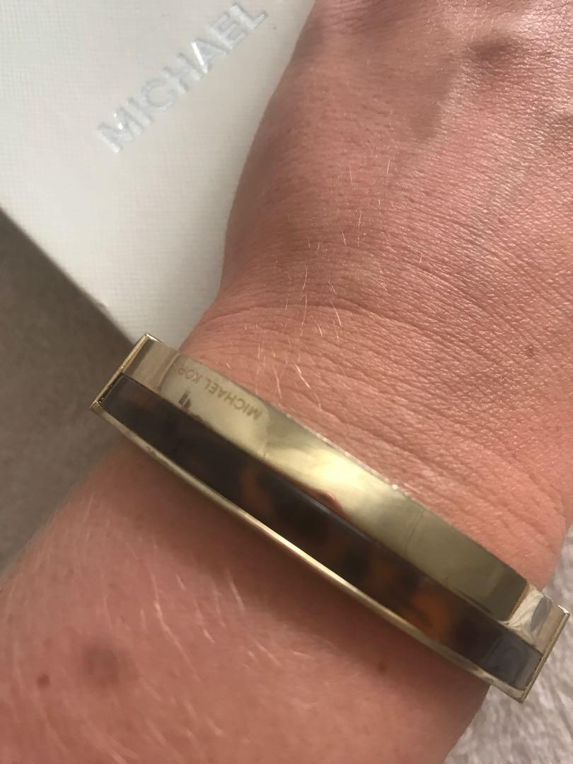 Michael Kors MK tortoise shell gold chunky hinged bangle