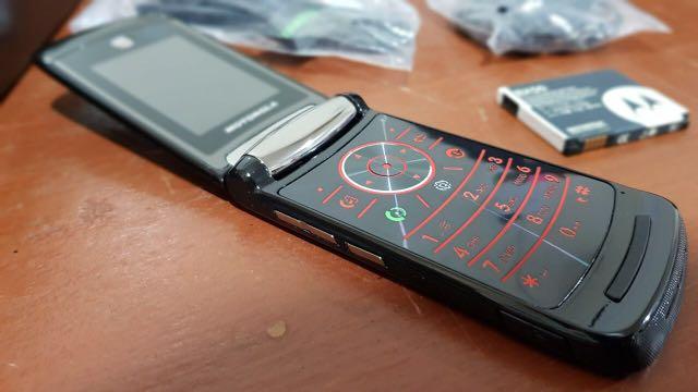 Motorola Razr 2 V9 refurbish