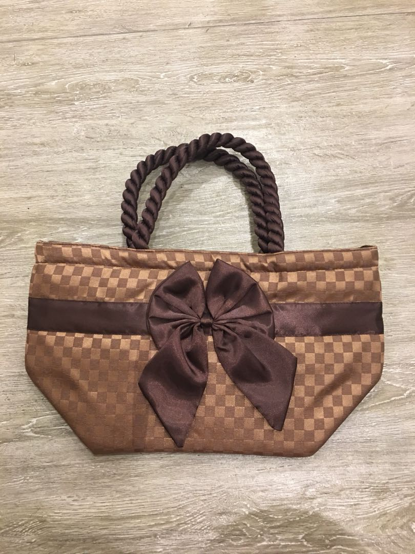 Naraya bag with ribbon
