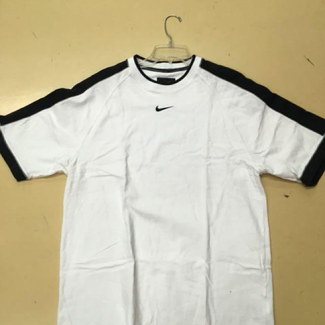 Nike 白色棉質上衣 swoosh logo 老品