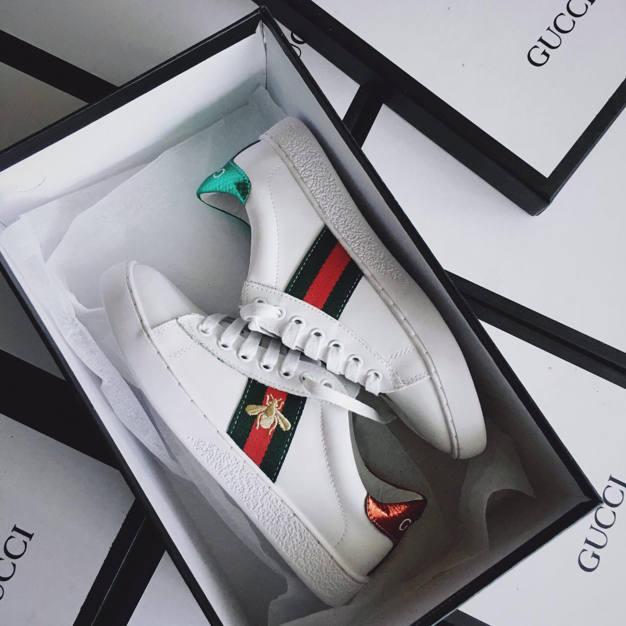 Ready Stock | Gucci BEE Ace Sneakers