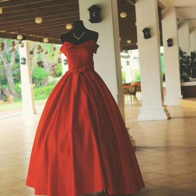 Red Ball Gown for Rent (RENT ONLY), Preloved Women\'s Fashion ...