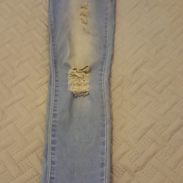 Ripped Skinny leg jeans size 10