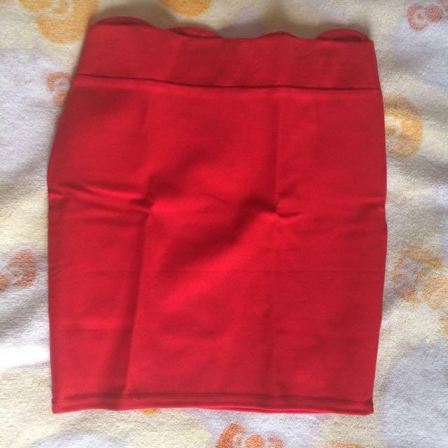 Scalop skirt