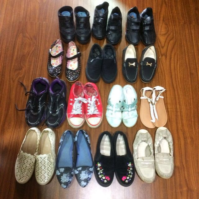 Shoes for holiday/school/size2/size4/size6 #bajet20