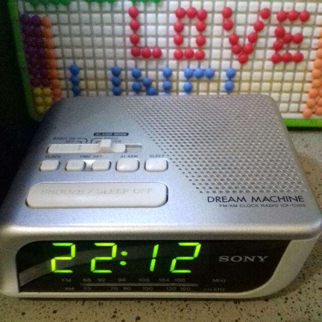 SONY Clock Radio And Alarm  (Dream Machine)