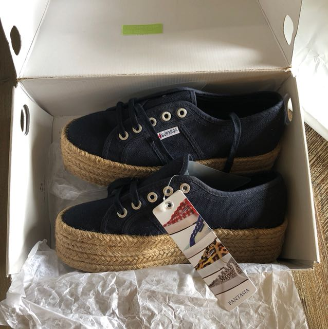SUPERGA BRAND NEW COTROPE SIZE 8