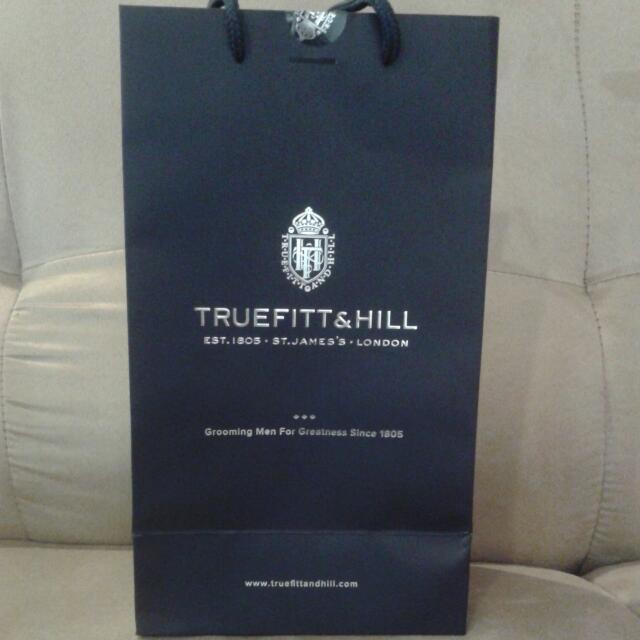 Truefit & Hill Paperbag