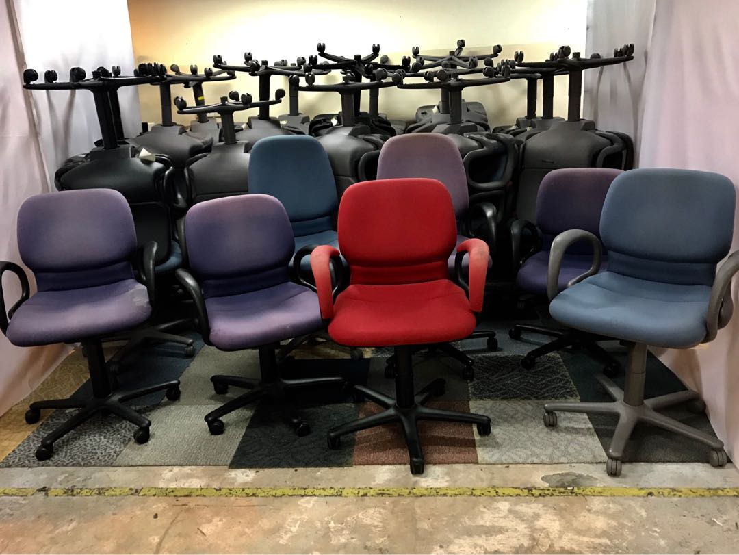 (UBT) Office Chairs(40 over pieces) $30 each