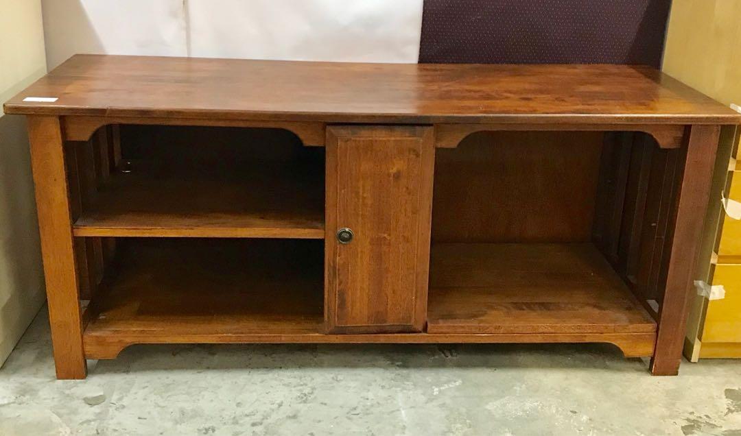 (UBT) wooden Tv rack