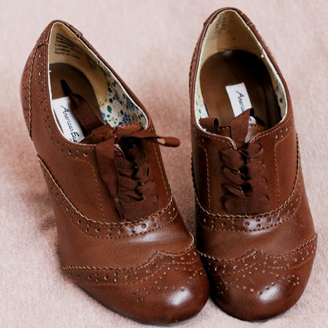 US 5 AE Oxford Heels