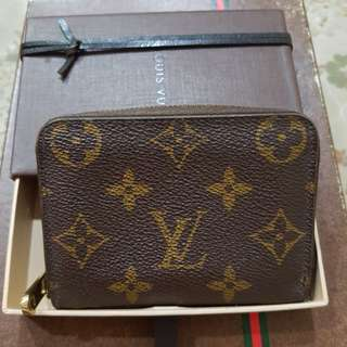 Authentic LV Louis Vuitton monogram zippy compact coin purse Wallet