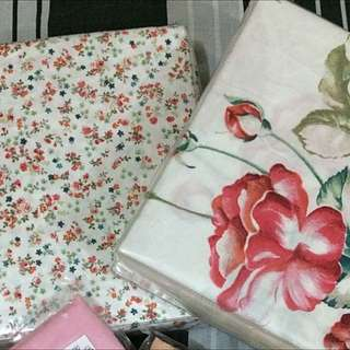 BARGAIN! Queen Bed Sheets (Fitted Only)