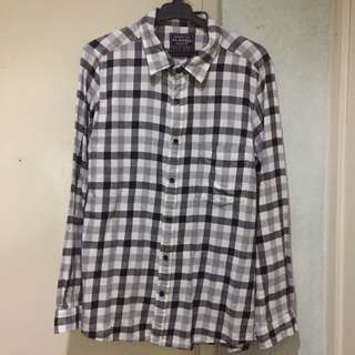 2 Button Downs Flannel Uniqlo Tommy Ralph Lauren Fred Perry
