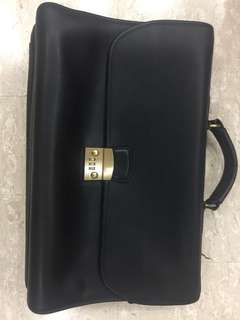 Coach document bag full leather