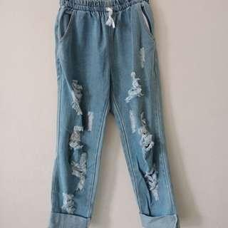 Celana jeans boyfriend