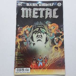 DC Comics Dark Nights Metal 4 Foil Cover First Print Near Mint Condition