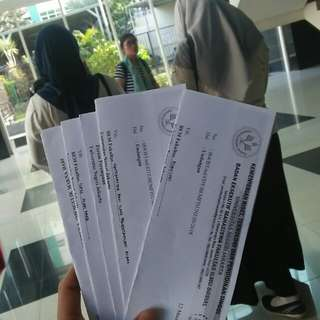 Kertas undangan