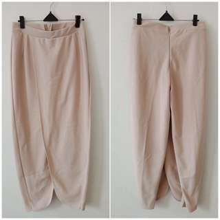 Celana model rok gt, fit L kecil