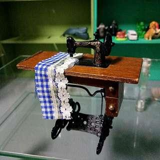 早期台製 袖珍裁縫車