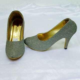 Sepatu Heels Glitter silver👠👠