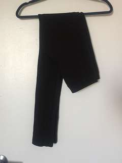Black leggings with flattering stitching