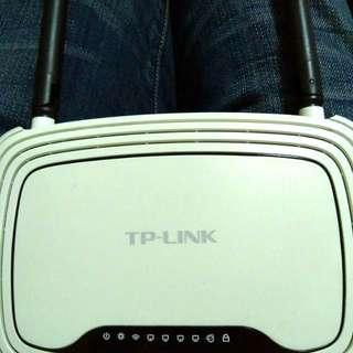 TP link 300Mbps router WR841N