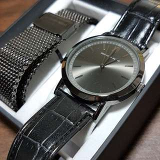 Geoffrey Beene Dress Watch with leather and metal strap with box