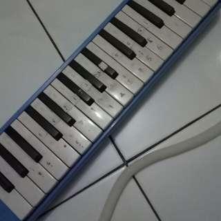 pianika merk yamada