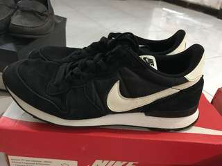 Nike Internationalist Black/White Original
